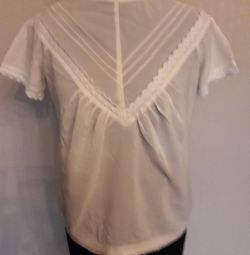 Blouse new, color champagne