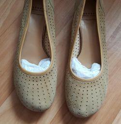 Pantofi de velur de Carnaby