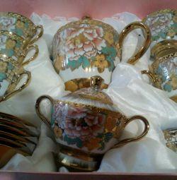 Tea set porcelain new URGENT.