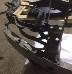 Bracket front right headlights BMW bmw e60