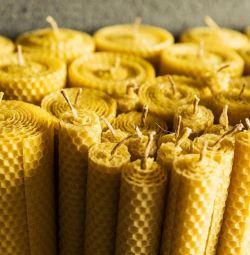 Lumanari de miere din fagure de miere.