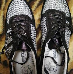 кросівки ferlenz