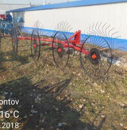 Mașină de întors pe șenile cu 5 roți Turcia