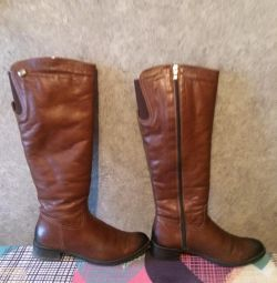 Winter boots nessi, r. 39 (natural leather and fur)