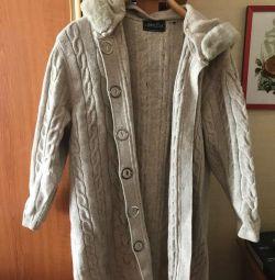 cardigan tricotat încălzit