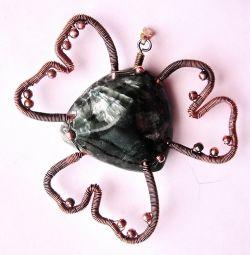 Pendant (pendant) with a trefoil