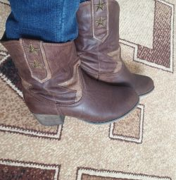 Demi ankle boots