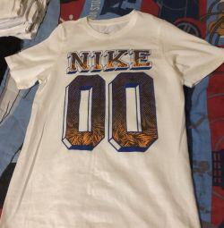 T-shirts της Nike πρωτότυπο
