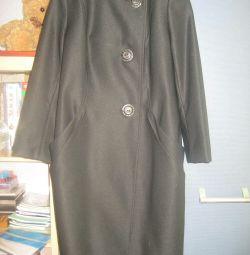 Легкое, очень женственное пальто POMPA