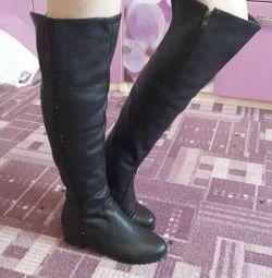 Ευρωπαϊκές μπότες για μέγεθος 38.5-39