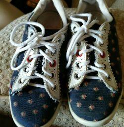 Кросівки Paul Smith. 29 розмір. Б / У