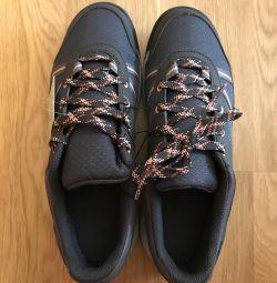 Spor ayakkabı yeni Decathlon r. 37