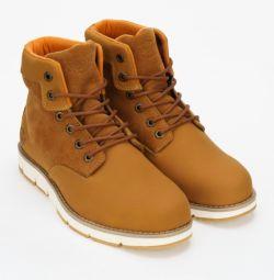 Υπογραφή χειμωνιάτικες μπότες