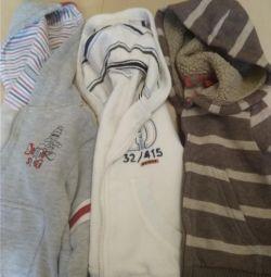 Warm sweatshirts with a hood 74-80 growth