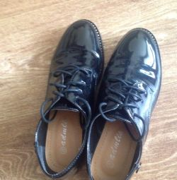 туфлі нові