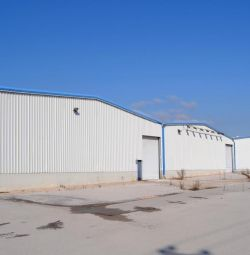 Комерційна нерухомість, що складається з 3 будівель (Afi