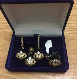 Ασημένιο νέο και Ametis μενταγιόν, σκουλαρίκια και δαχτυλίδι