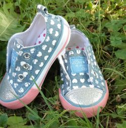 Sneakers Mothercare 20.5 size. Almost new.