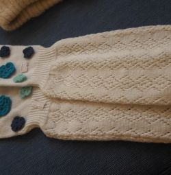 Women's knitted gloves