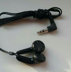 Νέα ακουστικά