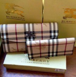 Portofele Burberry din piele