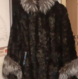 Palton de buze