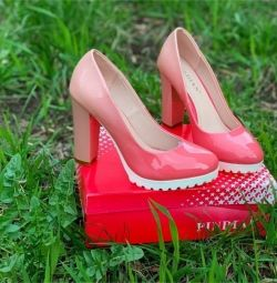 New, size 40