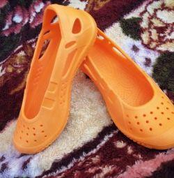 Pantofi noi de vară