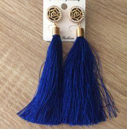 Earrings Brushes