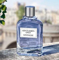 Givenchy Gentlemen Μόνο ο Givenchy Gentleman Μόνο