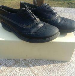 Pantofi din piele pentru băiat, dimensiune 32. Turcia