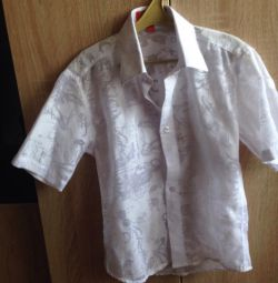 Shirt for a boy of 6-8 years