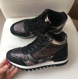 yüksek sonbahar spor ayakkabı