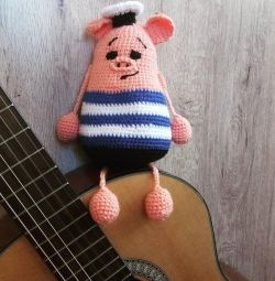 I knit toys to order