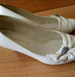 White shoes 37-38 size