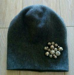 Модная шапка весна
