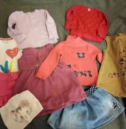 Clothes for a girl 2-3 years old