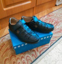 Туфлі школи р.32