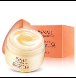Snail nutrition cream gel with snail