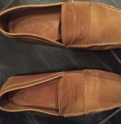 Ботинки кожаные 39-40 р.