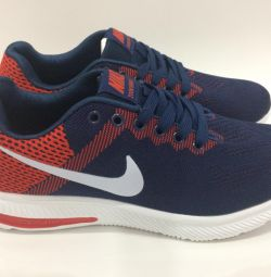 Blue-red Nike Zoom Size in stock