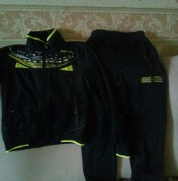 New sport.suit 7-8 years