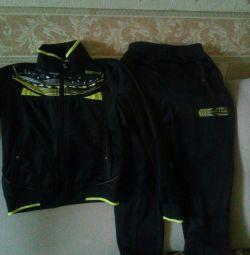 Новий Спорт.костюм 7-8 років