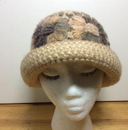 Очаровательная шапка-шляпка с цветами,54-57,арт209