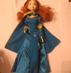 Κούκλα Merida γενναία στην καρδιά.