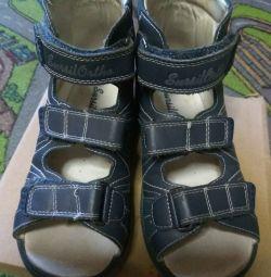 Ортопедичні сандалі ресурсів Орто