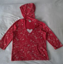 Jacket red with a hood 44-46 size