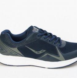 Ascot sneakers new