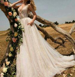 Свадебное платье в стиле бохо Galia Lahav Milav