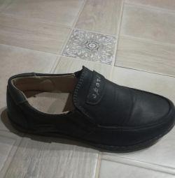 Pantofi p. 32